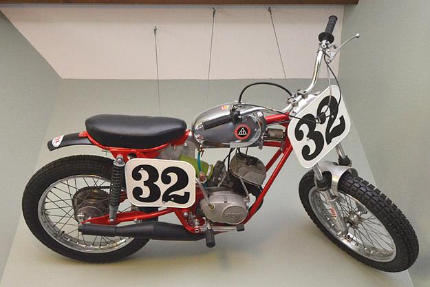 Hodaka motorcycle
