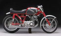 Honda CB77 Superhawk