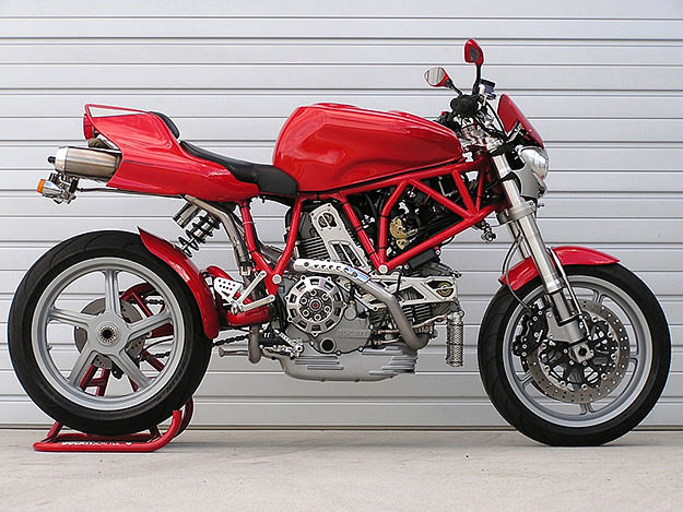 Ducati MH900e custom streetfighter A few weeks ago, I read about this custom