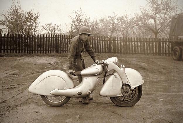 Killinger und Freund motorcycle