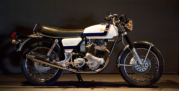 1974 Norton Commando 850