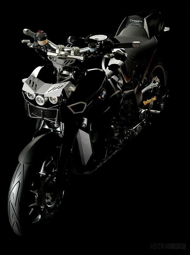 BMW K1200R custom: the Wunderlich Caranguejeira