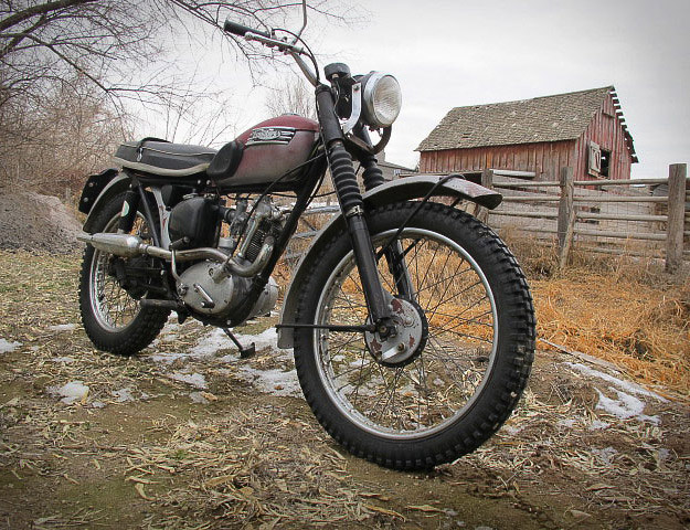 World Top Bikes  Triumph Tiger Cub Old bikes