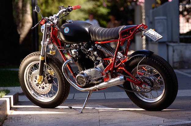 Yamaha XS650 street tracker by Officine RossoPuro