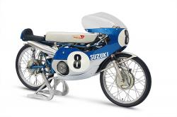 This Suzuki racing motorcycle has 14 gears