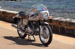 Norton Commando Fastback