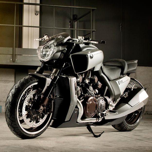 yamaha v max motorcycle 5