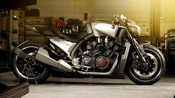 Yamaha V-Max Hyper Modified