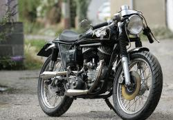 Harley cafe racer: the Harleyton 45