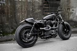 Sportster custom: The Bomb Runner