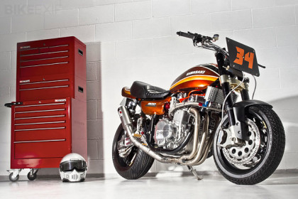 Kawasaki custom by Racefit