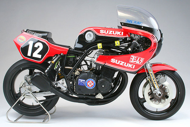 YOSHIMURA GS1000R COOLEY/CROSBY Scale-model-motorcycle