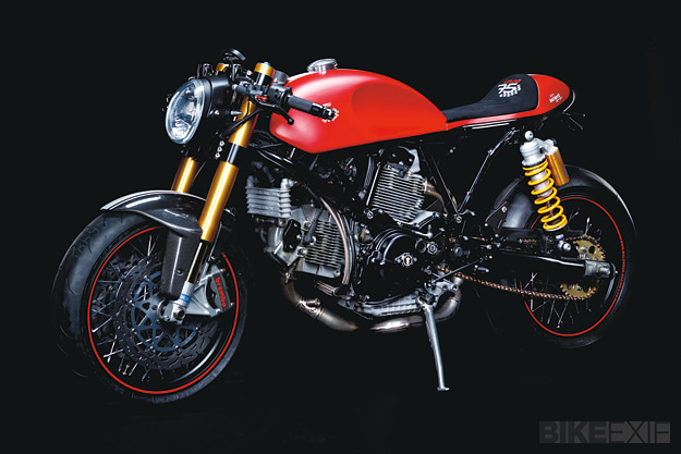 Ach, ils sont forts ces allemands... Ducati-sport-1000-1