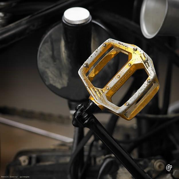 Triumph moto bobber
