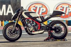 Honda CRF250R cafe racer