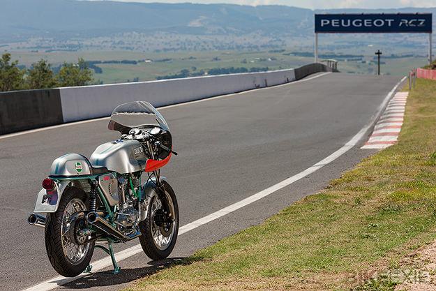 Ducati 860SS