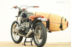 BMW R65 + surfboard