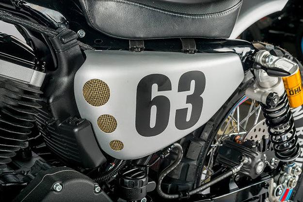 XL883R
