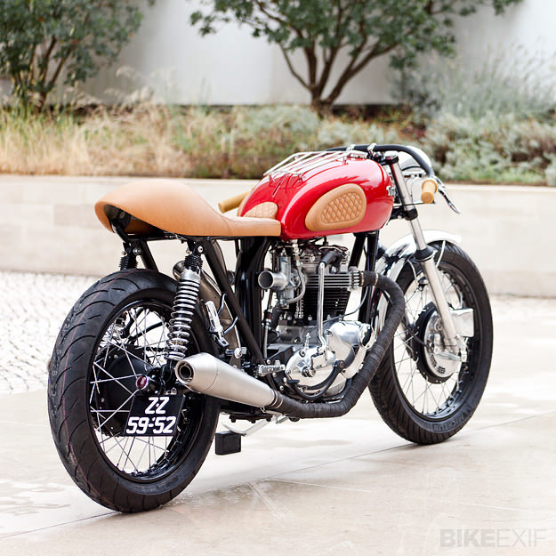 Triumph TR6R cafe racer by Tricana Motorcycles