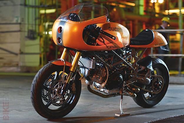 caf racer 76 red max speed shop ducati monster. Black Bedroom Furniture Sets. Home Design Ideas