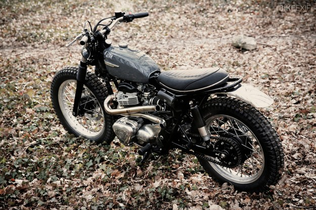Scrambler motorcycle: Kawasaki W650