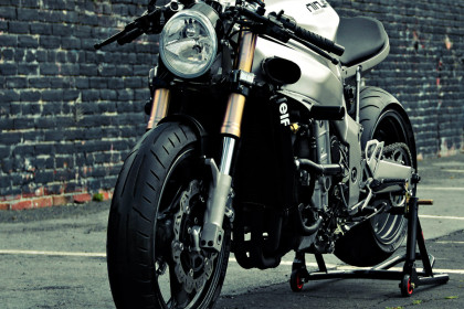 Ninja 750 streetfighter by Huge Design