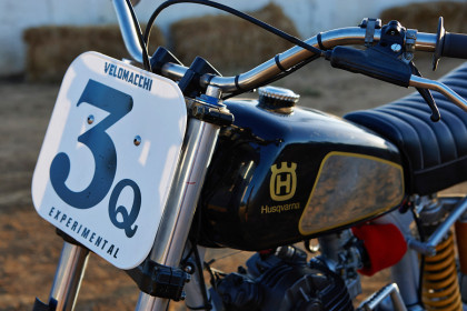 Vintage Husqvarna dirt bike built by Velomacchi.