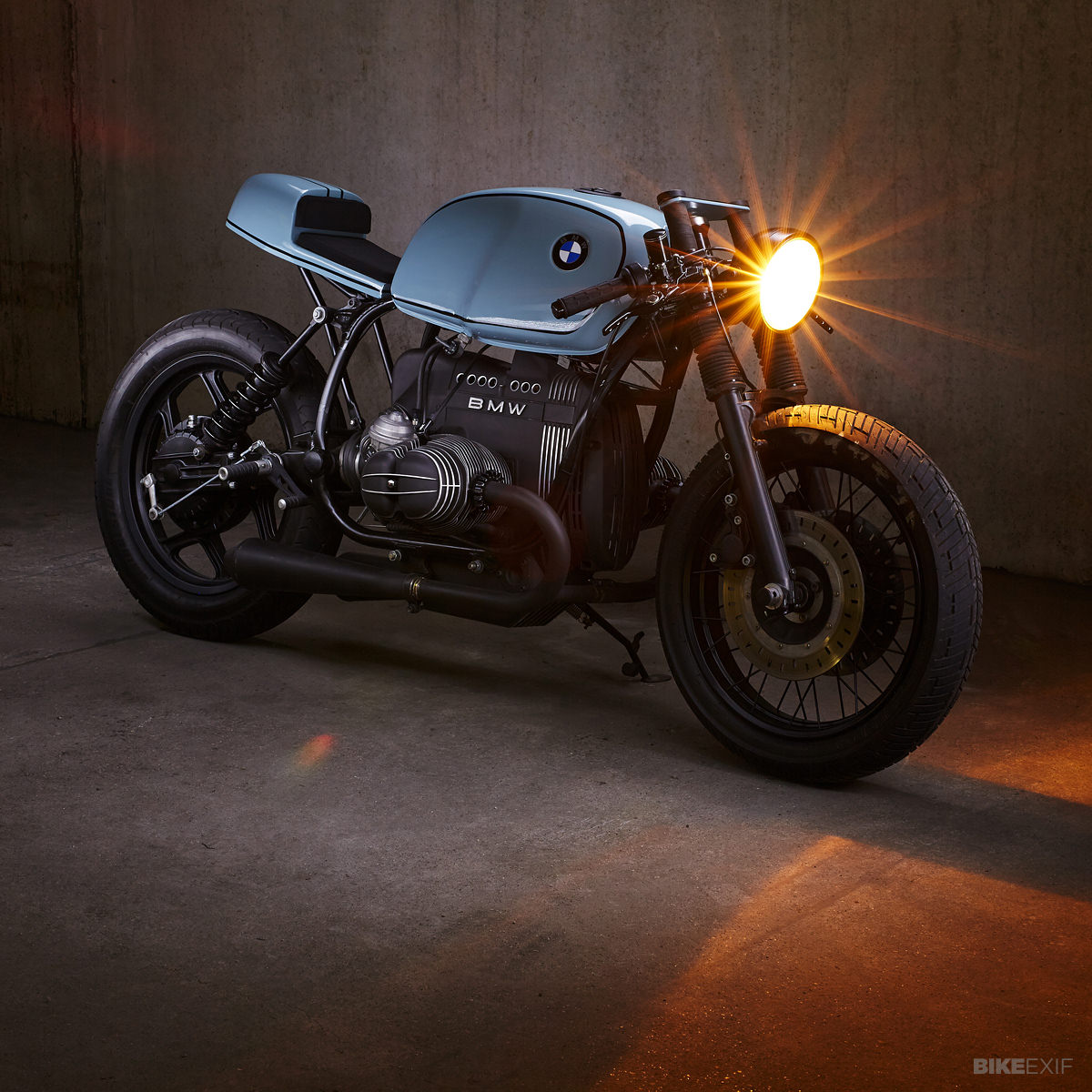 Pure Klasse Diamond Ateliers Bmw R80 Bike Exif Front Wheel Bikes 2 Hardly Anything From The Original Remains 18 Spoked And Floating Brake Discs Are An R100r Theyre Now Hooked Up To A Brembo