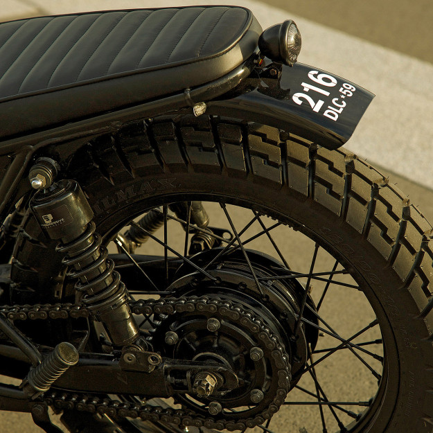 A custom Kawasaki W650 with a dash of Gallic style, courtesy of the French moto apparel brand Gentlemen's Factory.