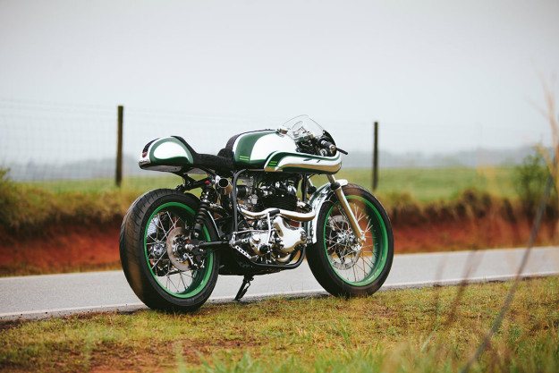 Immaculate Norton Commando 750 resto-mod by Fuller Moto.