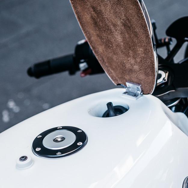 The Heinrich Maneuver: Deus Customs take on the BMW R nineT.