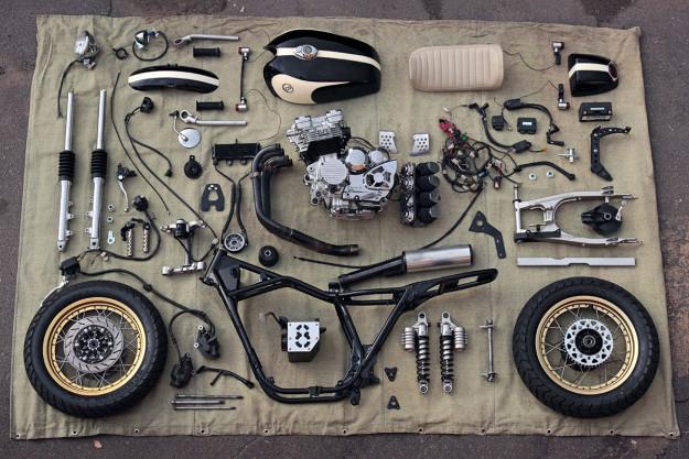 Eight Ball: A Yamaha XJ400 cafe racer from Kiev.
