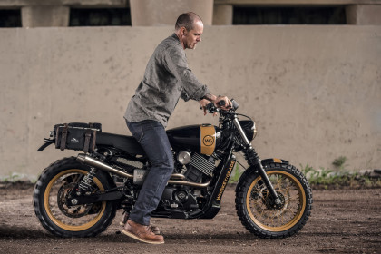 Street to Dirt: a Harley-Davidson Street 750 scrambler by Analog Motorcycles.
