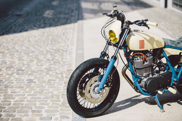 Single Shot: A custom Yamaha SR500 by Kruz Company of Belgium.