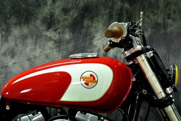 Tracker V � Custom Harley Davidson Dyna: Remaking The Harley Dyna, Street Tracker Style