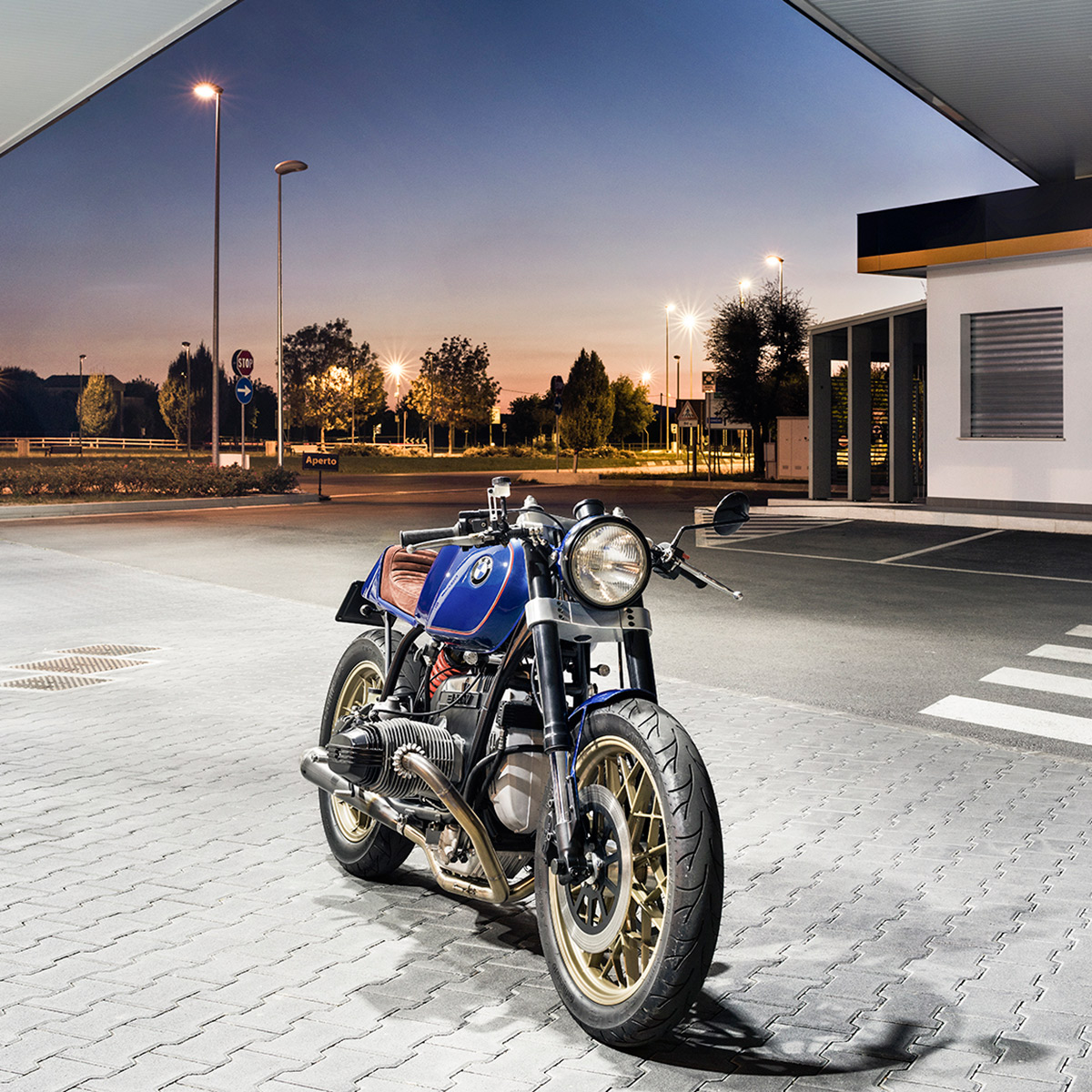 Bolt From The Blue North East Custom S Racy R100rs Bike Exif