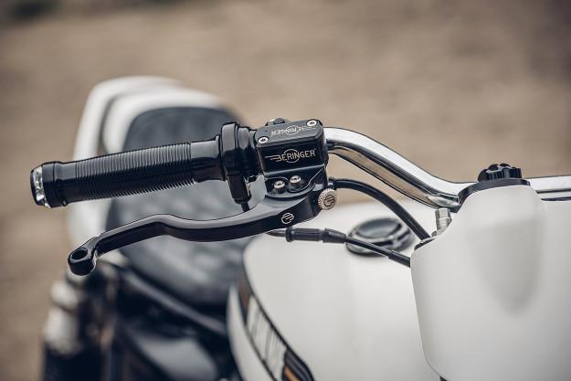 One Track Mind: a killer custom 2014 Triumph Thruxton 900 by Onehandmade