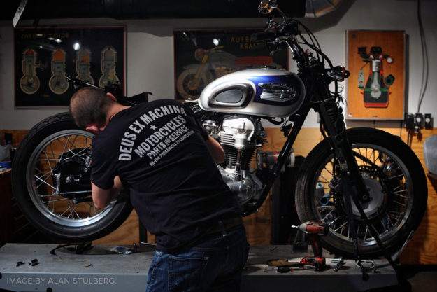 Alan Stulberg on how to buy a motorcycle for your custom project.