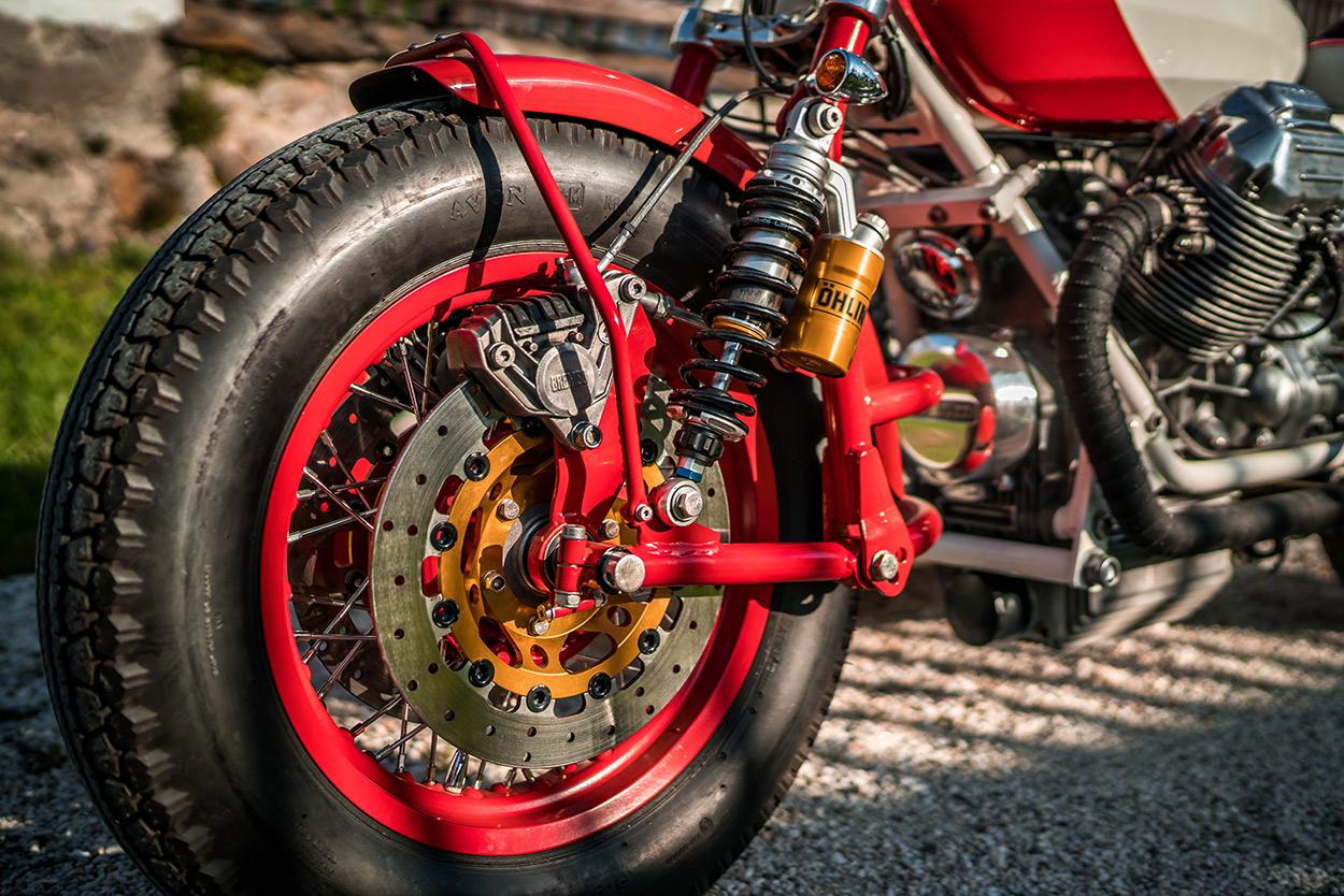 http://kickstart.bikeexif.com/wp-content/uploads/2016/05/moto-guzzi-sidecar-6.jpg