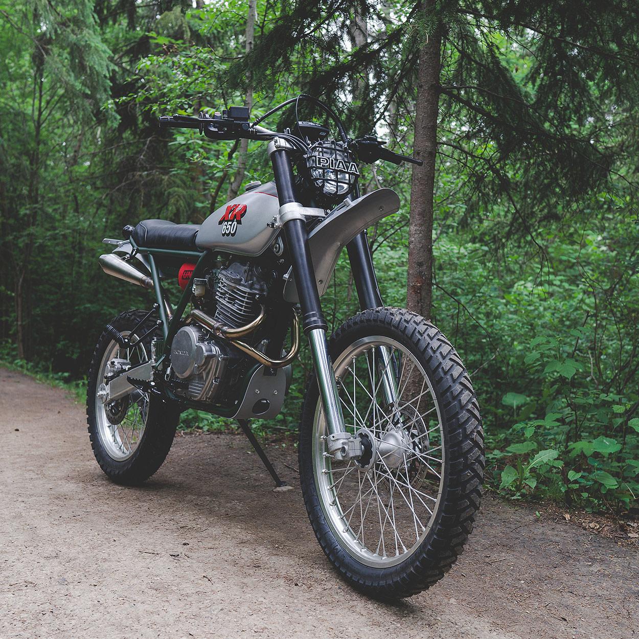 a pukka scrambler: federal moto's honda xr650l | bike exif