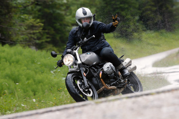 Review: The new BMW R nineT Scrambler
