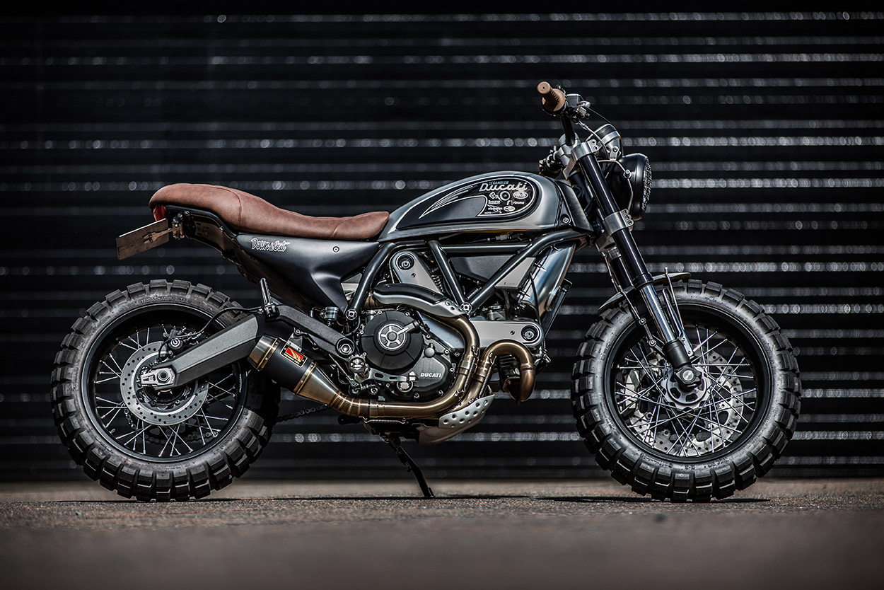 Double Scoop Down Out S Fat Tired Ducati Scrambler Bike Exif