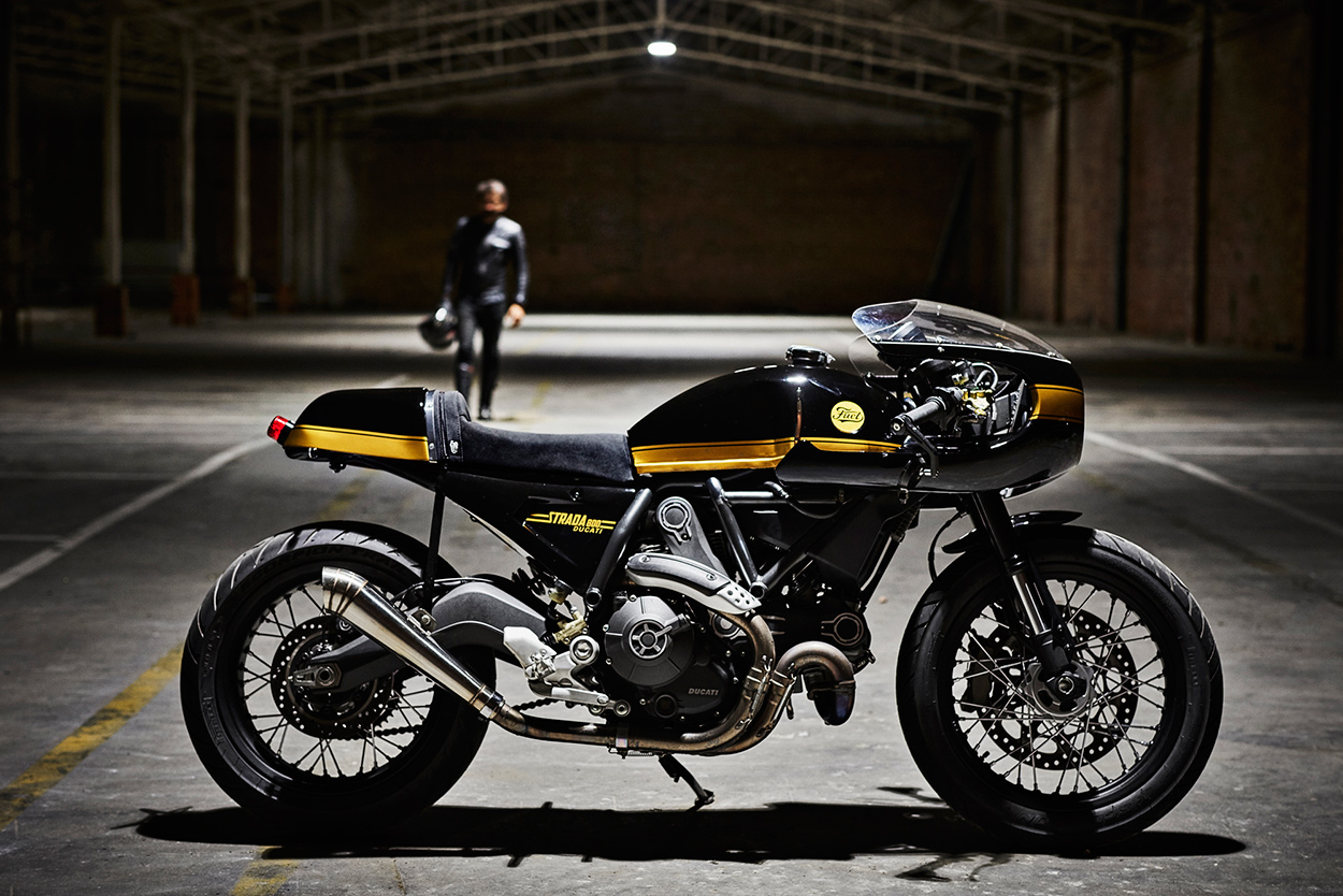 Fuel Binned The Stock Bodywork To Create A Sportier Retro Silhouette New Looks Are Simply Inspired Helped By Benelli Mojave Gas Tank