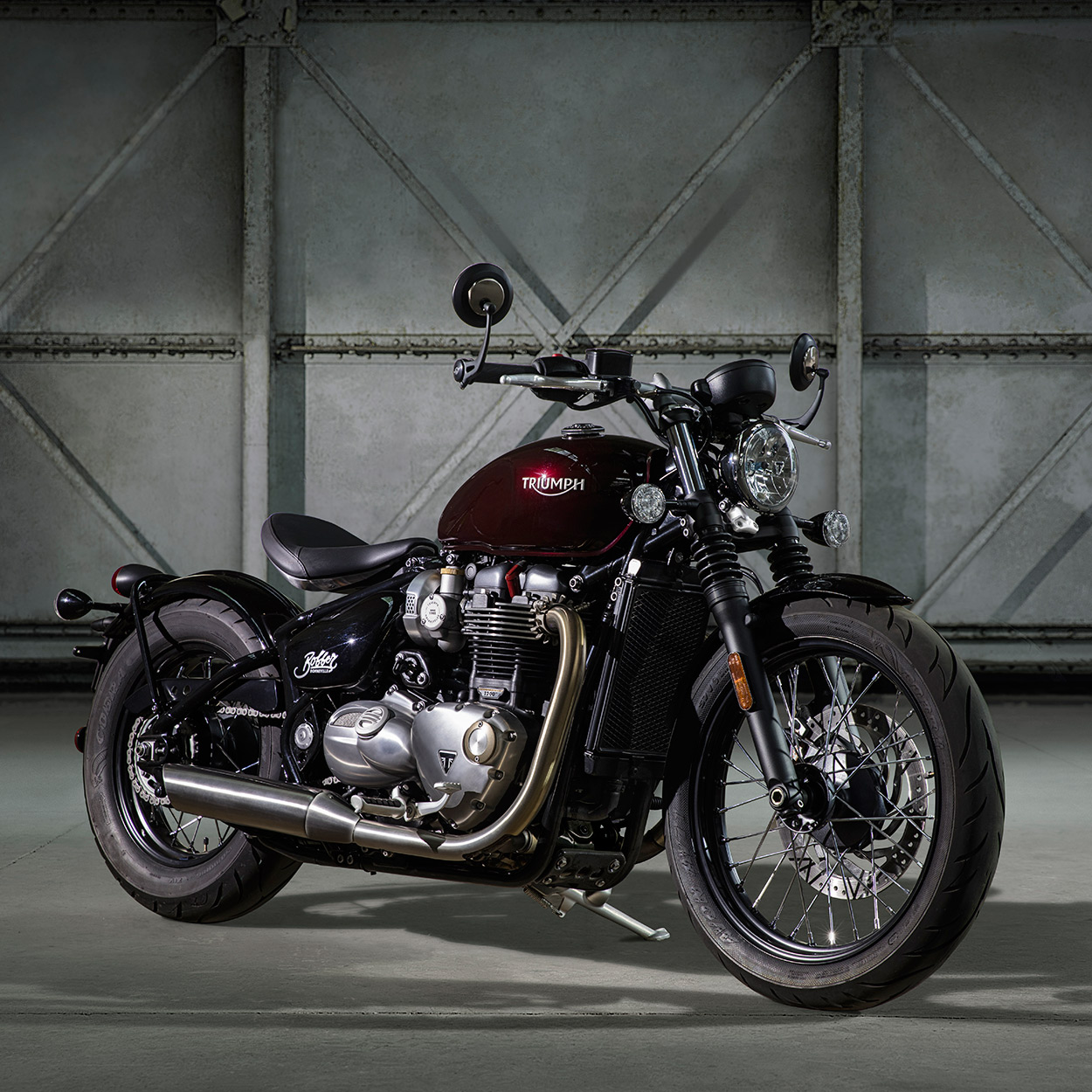 revealed: the new triumph bonneville bobber   bike exif