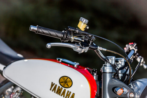 How to build a Yamaha SR500 street tracker, the Mule Motorcycles way.