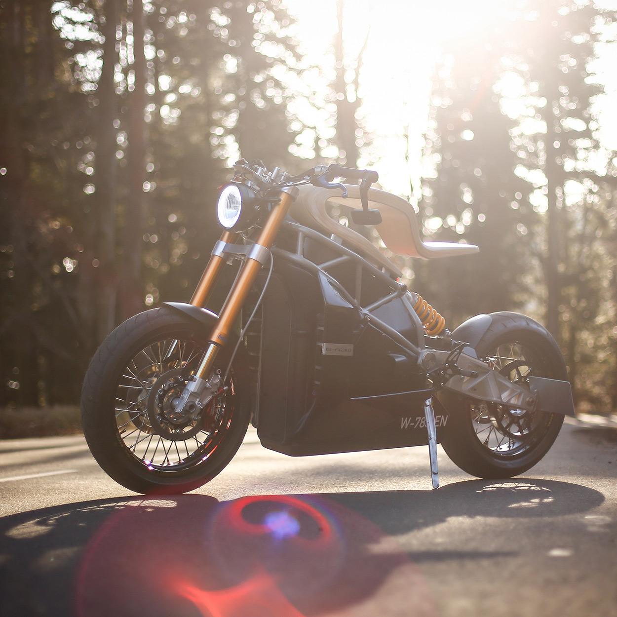 http://kickstart.bikeexif.com/wp-content/uploads/2017/03/e-raw-french-electric-motorcycle-1.jpg