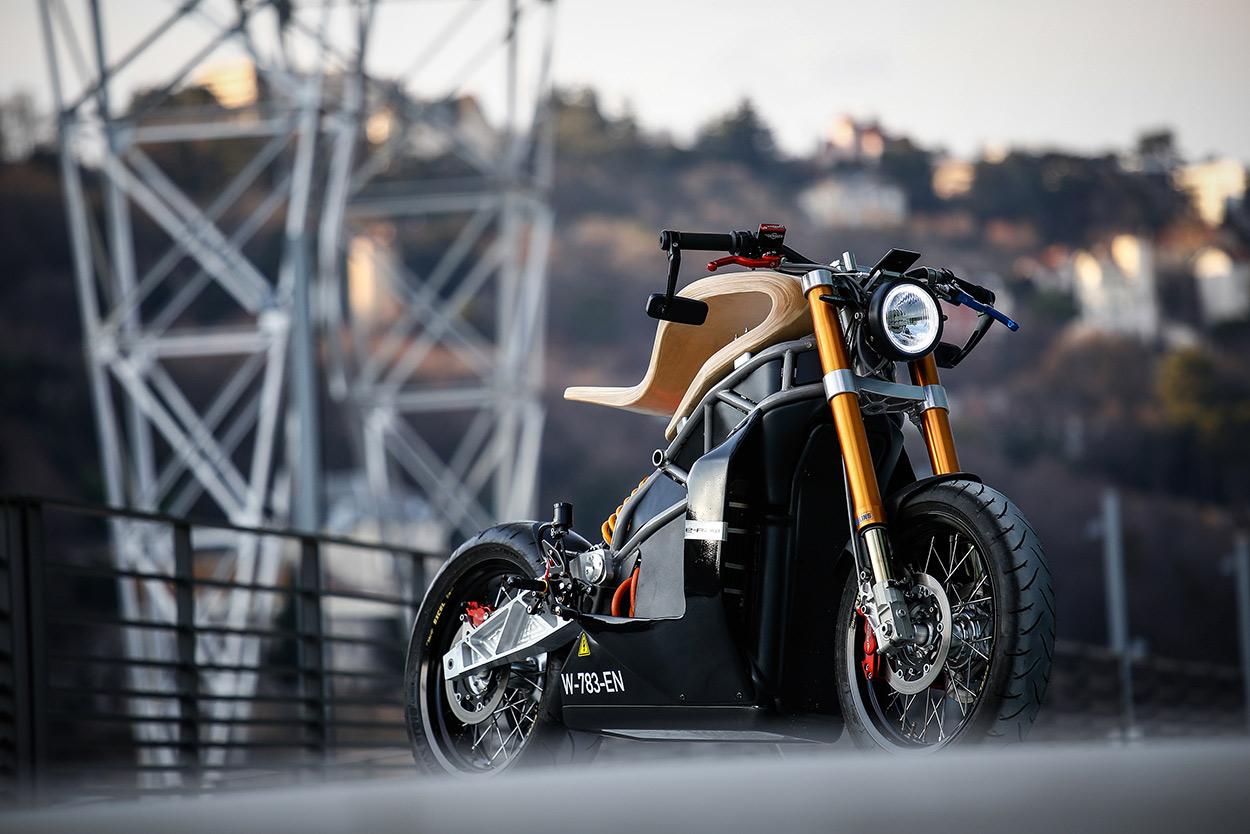 http://kickstart.bikeexif.com/wp-content/uploads/2017/03/e-raw-french-electric-motorcycle-3.jpg