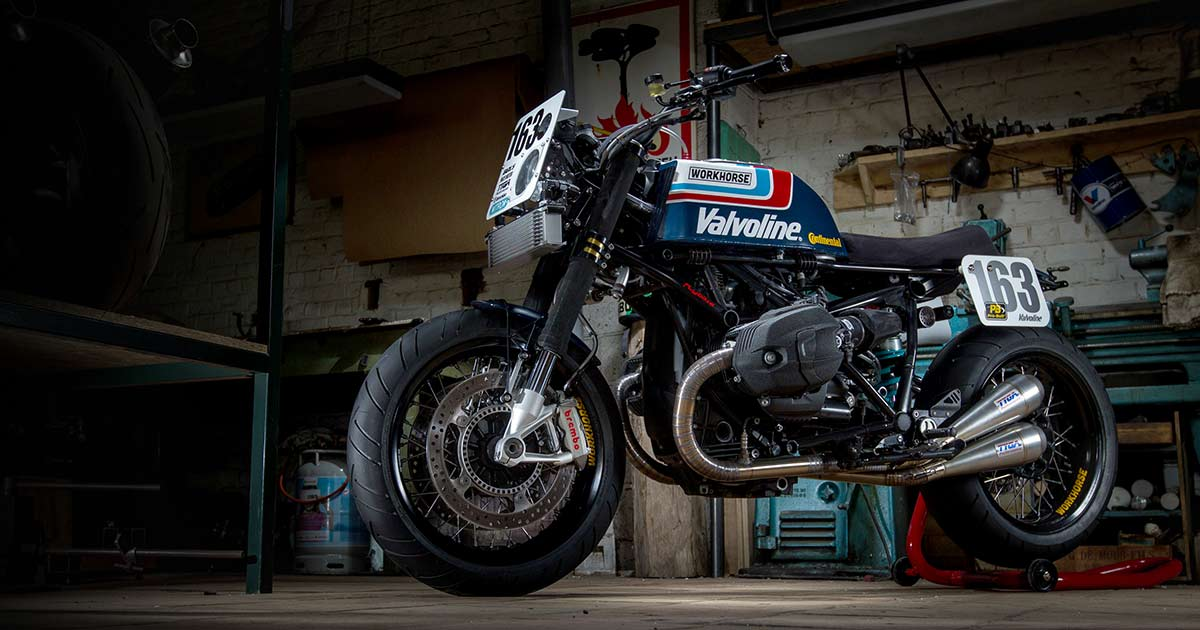 Superbike Style: A BMW R nineT with a classic racer vibe