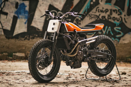 Juicy: Jigsaw's candy orange Yamaha XSR700 tracker