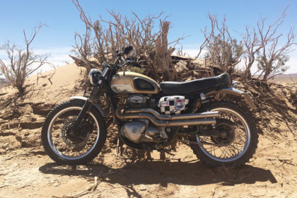 This Kawasaki W650 is the Perfect British Desert Sled